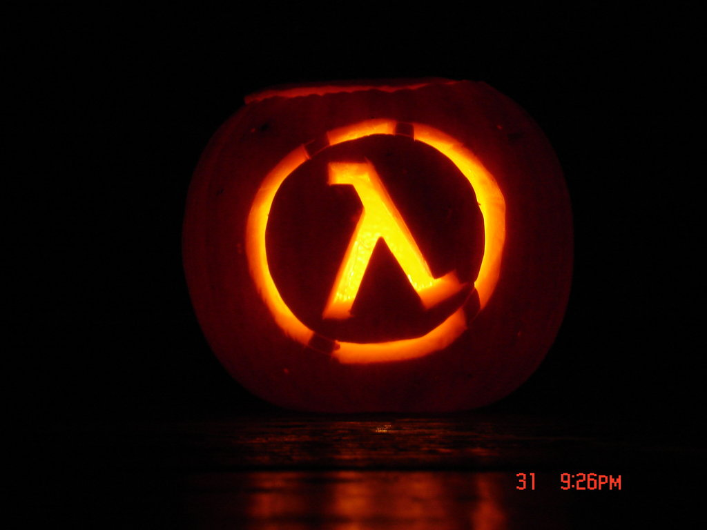 Half-Life Pumpkin by HmcdlNny
