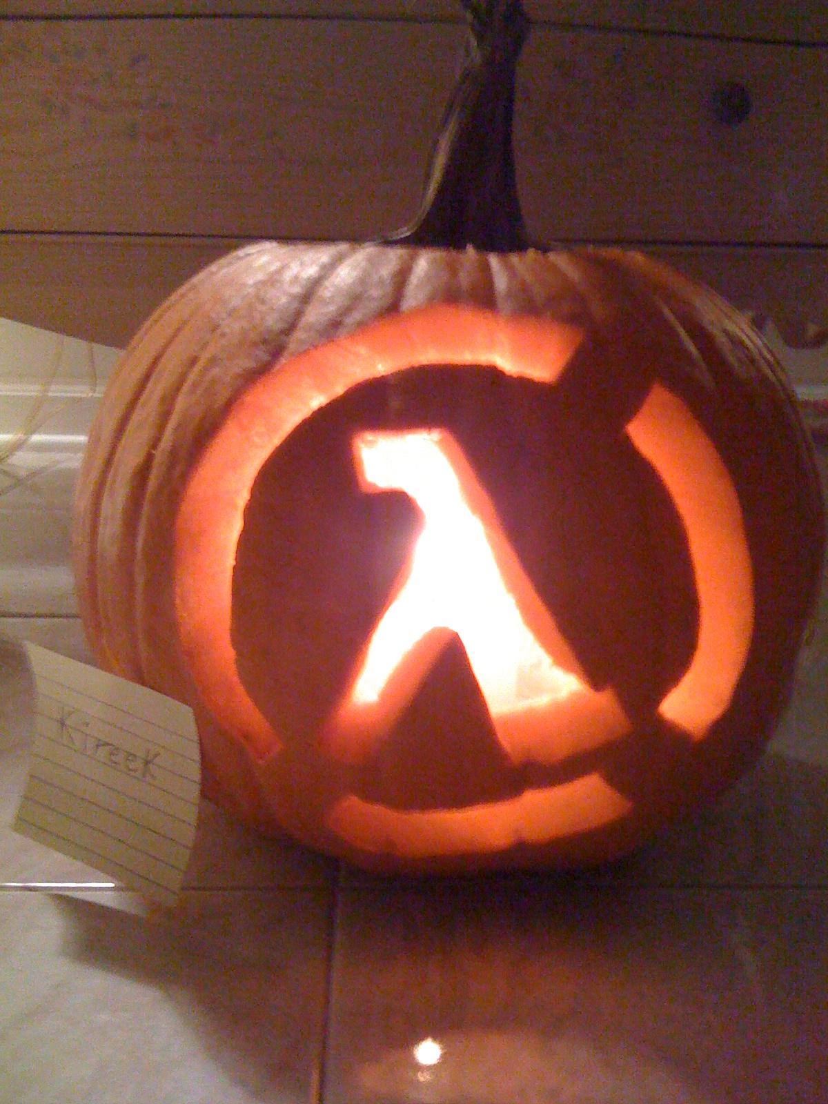 halflife_pumpkin_01
